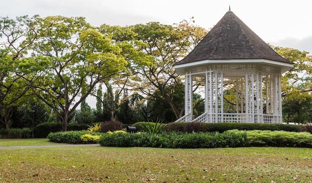 Pavillon im botanischen garten