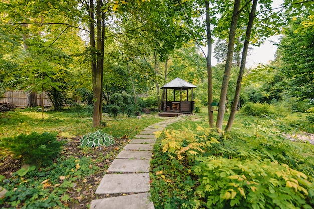 Pavillon zum entspannen im park