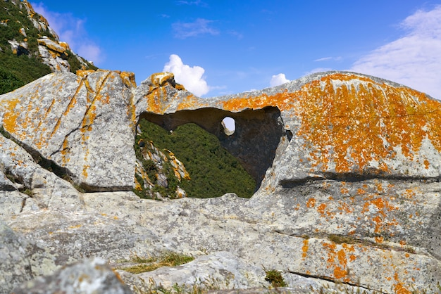 Pedra da campa steinloch in islas cies inseln