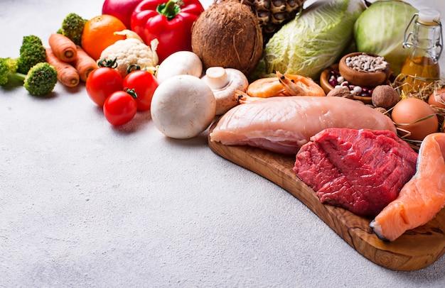 Pegan-diät paläo und vegane produkte