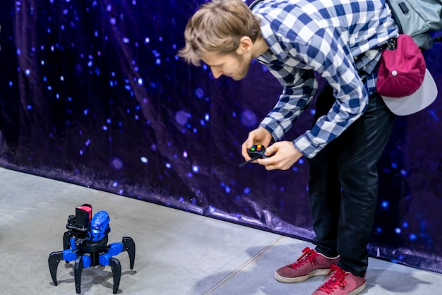 Personensteuerung zweier roboter