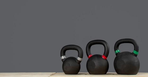 Pesas rusas para hacer ejercicio de peso en gimnasio o crossfit