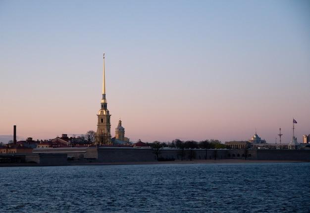 Peter-und-paul-kathedrale in sankt petersburg, russland