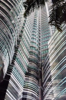 Petronas twin towers in der nacht