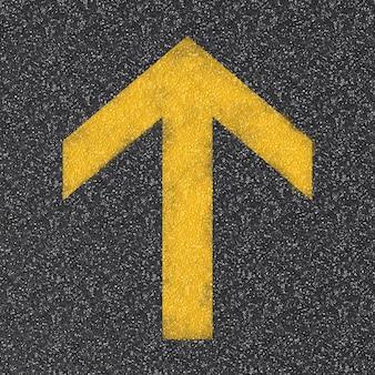 Pfeilzeichen auf der draufsicht der asphaltstraße