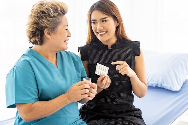 Pflegekraft pille vorbereiten
