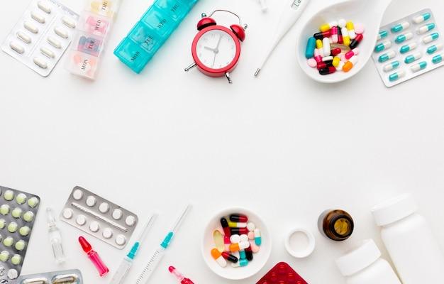 Pillen und tabletten ausgerichtet