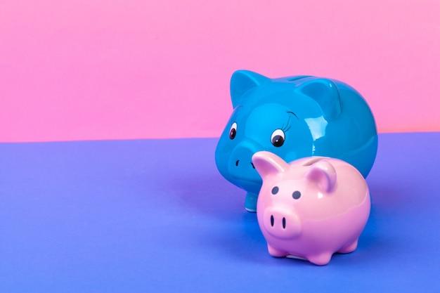 Pinik-sparschwein auf hellem gefärbt