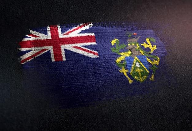 Pitcairn-inseln-flagge gemacht von der metallischen bürsten-farbe auf dunkler wand des schmutzes