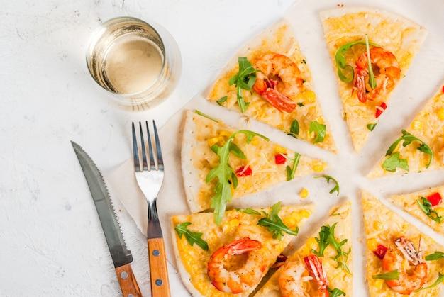 Pizza mit garnelen garnelen
