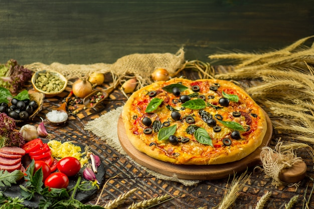 Pizzabestandteile auf tabelle