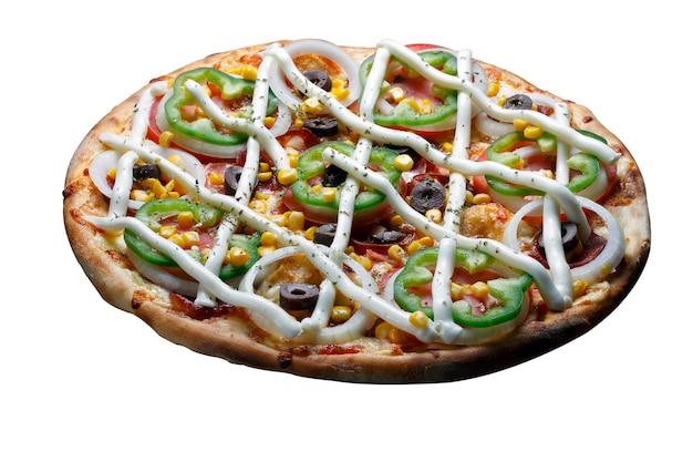 Pizzafrischkäse, schwarze oliven, tomaten, paprika, zwiebeln und mais.