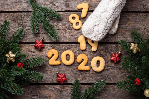 Plätzchen des neuen jahres in form 2020