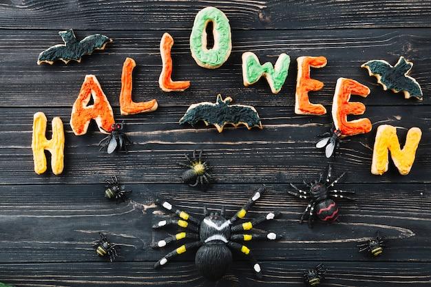Plätzchen für halloween und gefälschte insekten