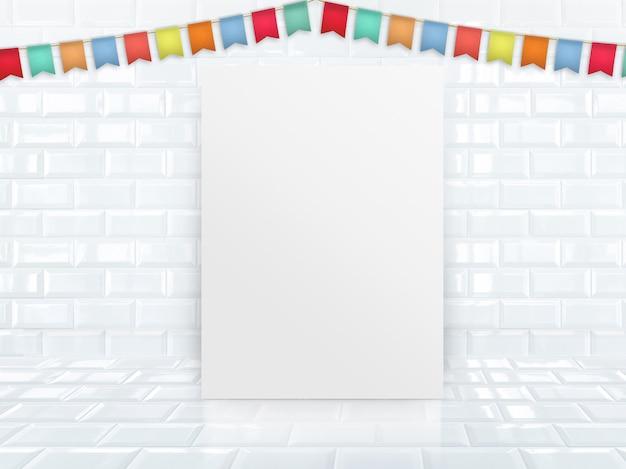 Plakat des leeren papiers, das am weißen glatten fliesenstudioraum mit bunter fahnenflagge sich lehnt.