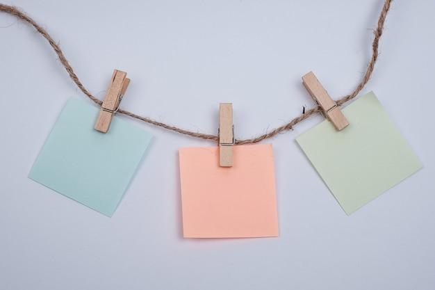 Planerelement für leere erinnerungspapiernotizen