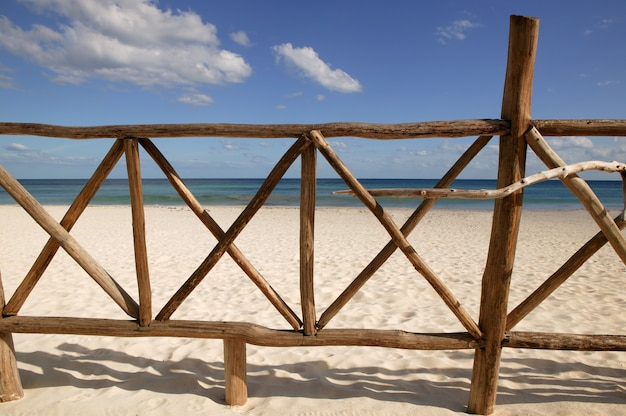 Planken am strand