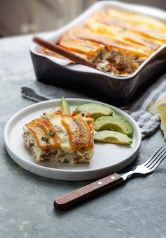 Plantain lasagne (pastelon) puertoricanisches typisches essen und dominikanische republik