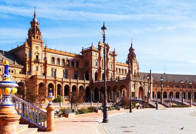 Plaza de espana tagsüber in sevilla
