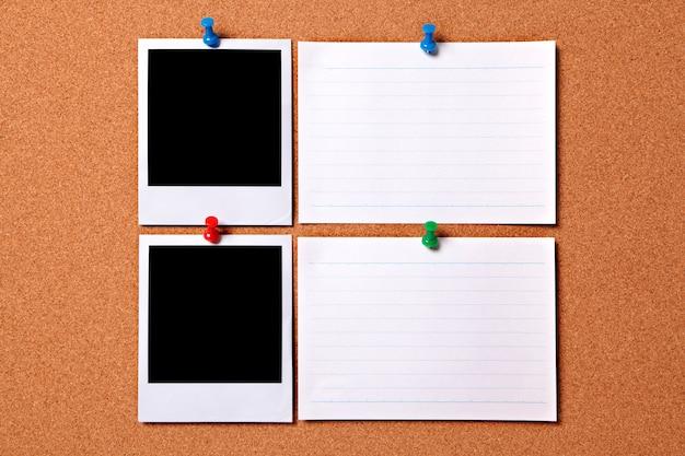 Polaroid fotoabzüge und weiß nachrichtenkarten