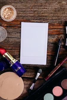 Polaroid mit kosmetika
