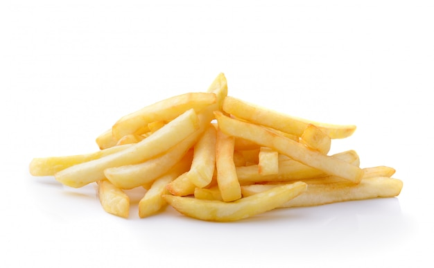 Pommes frites isoliert auf weiß
