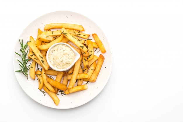 Pommes frites mit sauce