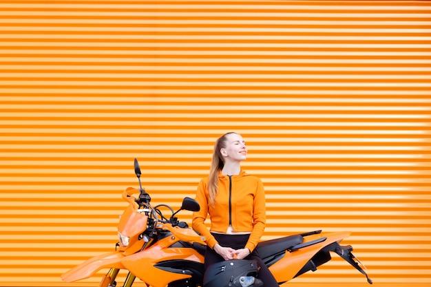 Pop orange farbkonzept.