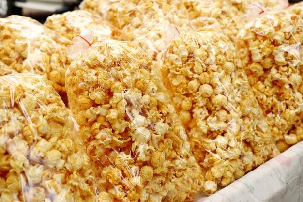Popcorn auf dem markt