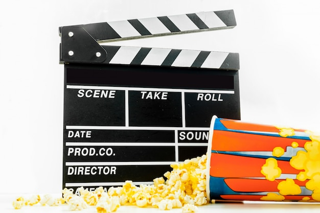 Popcorn-box mit filmklappe