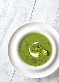 Portion brokkolisuppe