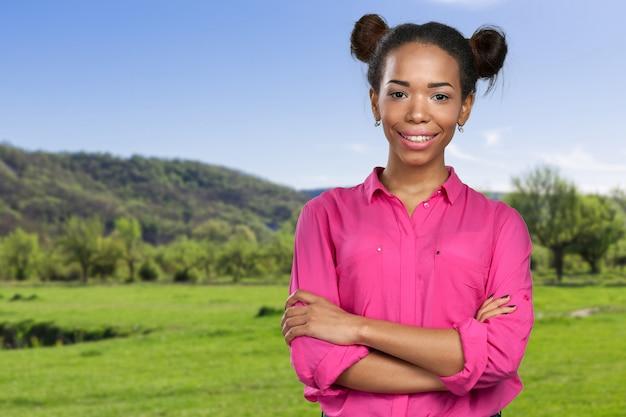 Porträt der afroamerikanerfrau