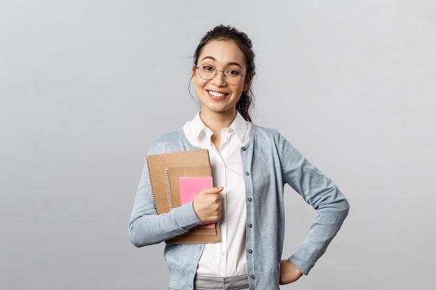 Porträt der asiatischen lehrerin