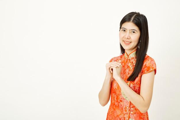 Porträt des chinesischen neuen jahres der asiatin.
