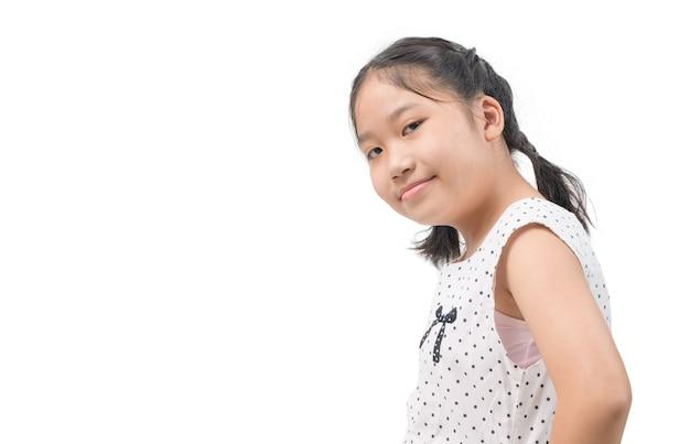 Porträt des niedlichen asiatischen mädchenlächelns