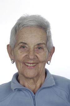 Porträt einer älteren frau, lächeln