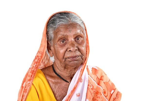 Porträt einer alten frau, ältere inderin