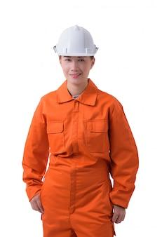Porträt einer arbeitnehmerin im mechaniker jumpsuit lokalisiert auf weißem hintergrund