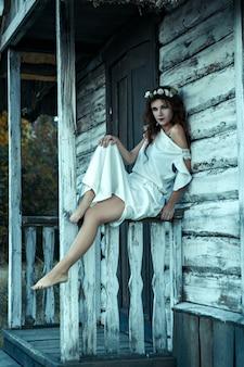 Porträt einer jungen frau von den albträumen, halloween-konzept.