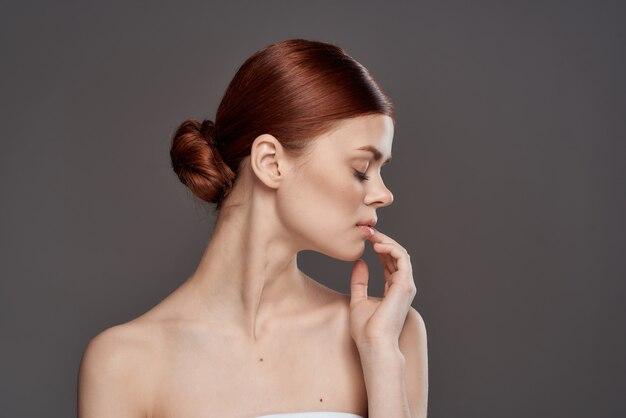 Porträt einer jungen schönheitsfrau