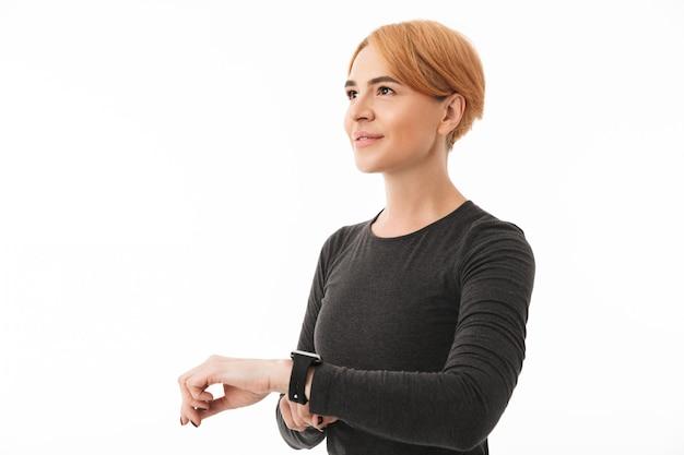Porträt einer lächelnden yogafrau