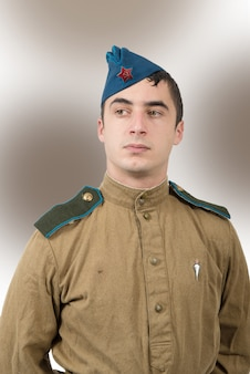 Porträt eines jungen sowjetischen soldaten, ww2