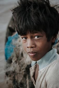Porträt eines kambodschanischen jungen