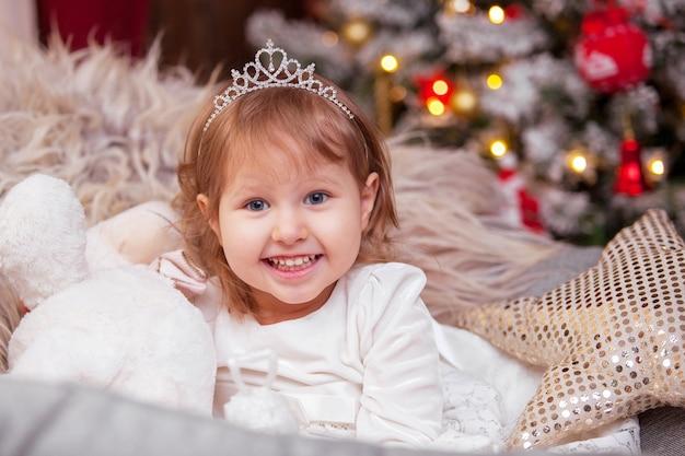 Porträt eines lächelnden kindes