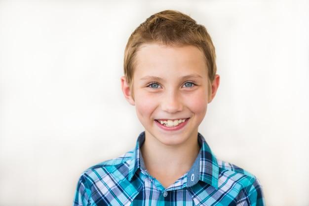 Porträt eines modernen teenagers.