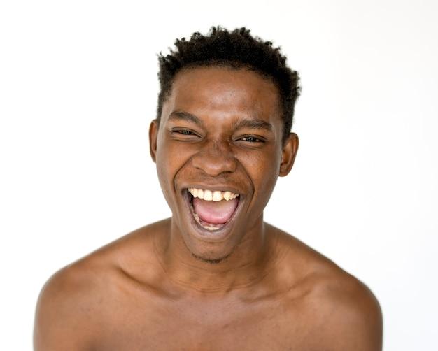 Porträt eines sehr glücklichen mannes