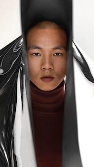 Porträt junger mann posiert
