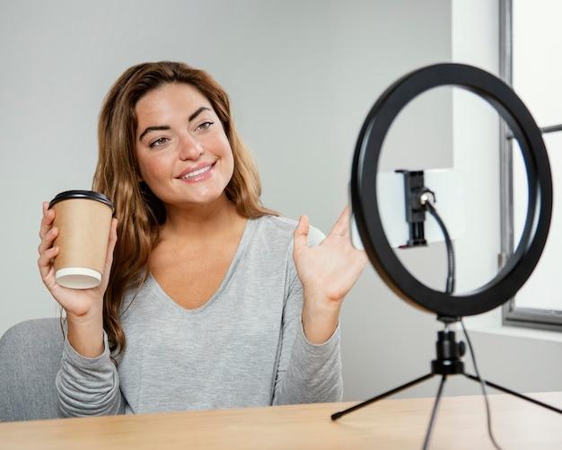 Porträt schöne frau streaming