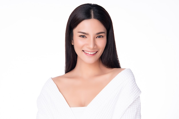 Porträt schöne junge asiatische frau reinigen frische nackte haut konzept. asian girl beauty gesicht hautpflege und gesundheit wellness, gesichtsbehandlung, perfekte haut, natürliches make-up, zwei