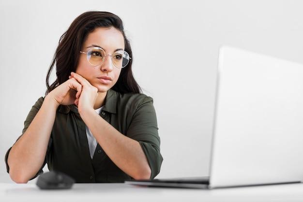 Porträt weiblich arbeiten